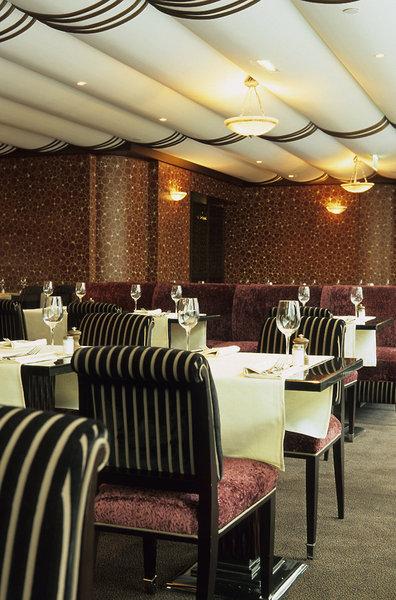 The Hotel du Collectionneur Arc de TriompheRestaurant