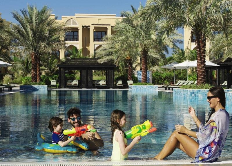 Doubletree by Hilton Resort & Spa Marjan IslandPool