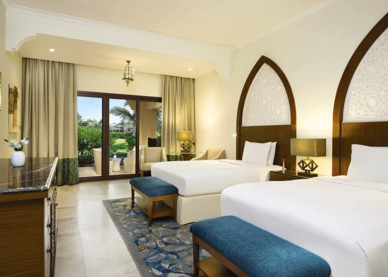 Doubletree by Hilton Resort & Spa Marjan IslandWohnbeispiel