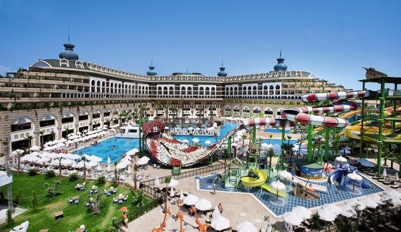 Crystal Sunset Luxury Resort & SpaPool