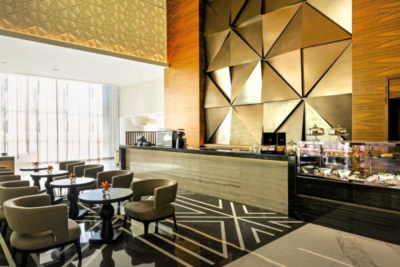 Sheraton Grand HotelBar