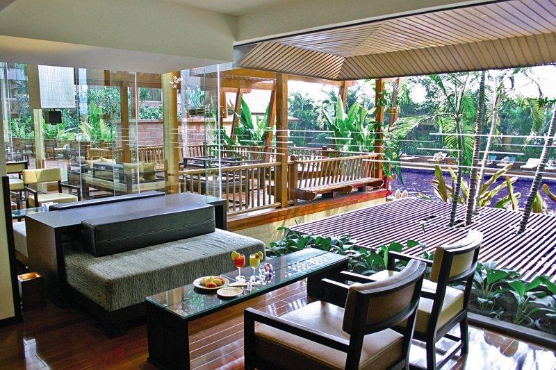 Ramada Plaza Menam RiversideRestaurant