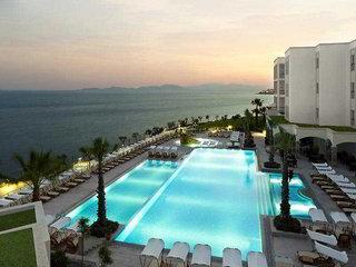 Xanadu Island Suitehotel,