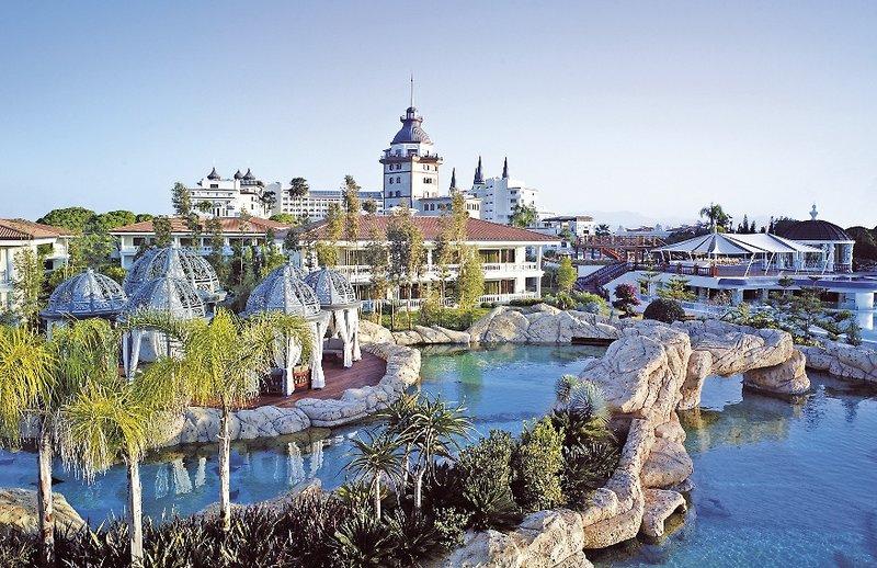 Antalya - Lara Beach Kundu ab 496 € 4
