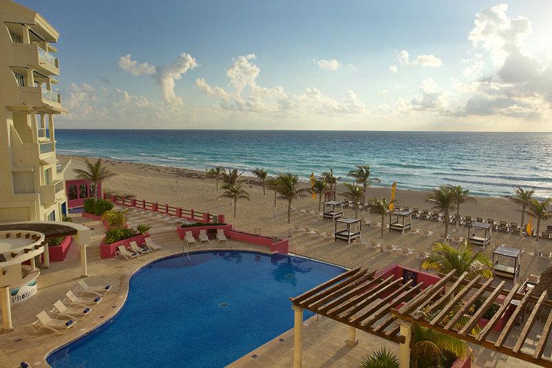 Cancún ab 896 € 3