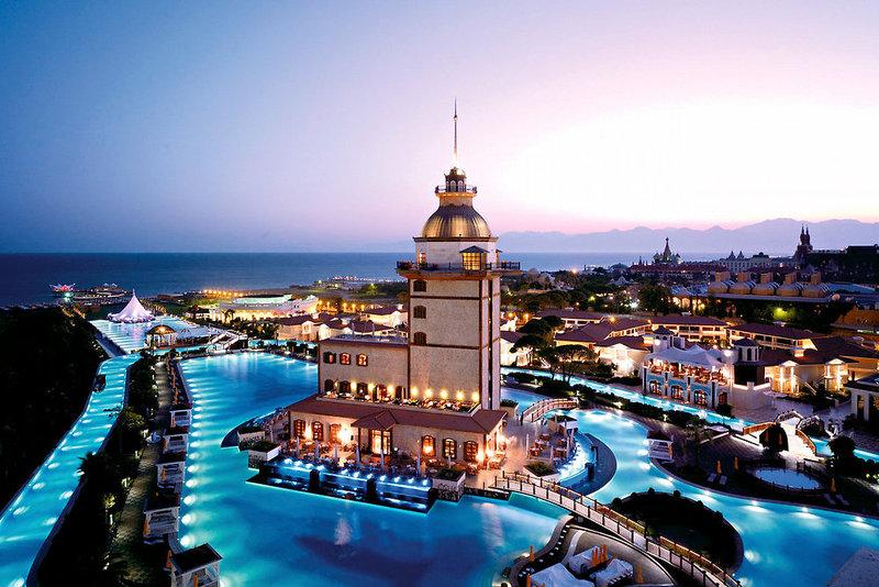 Antalya - Lara Beach Kundu ab 496 € 2