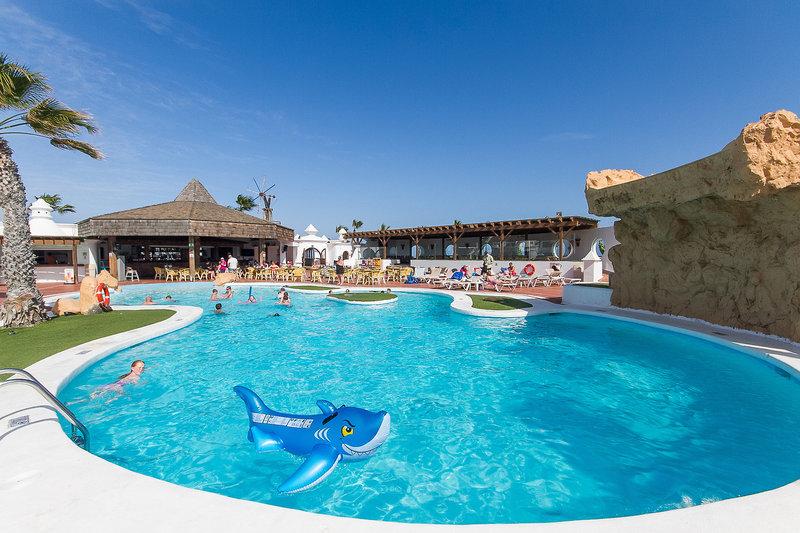 Costa Teguise ab 438 € 2