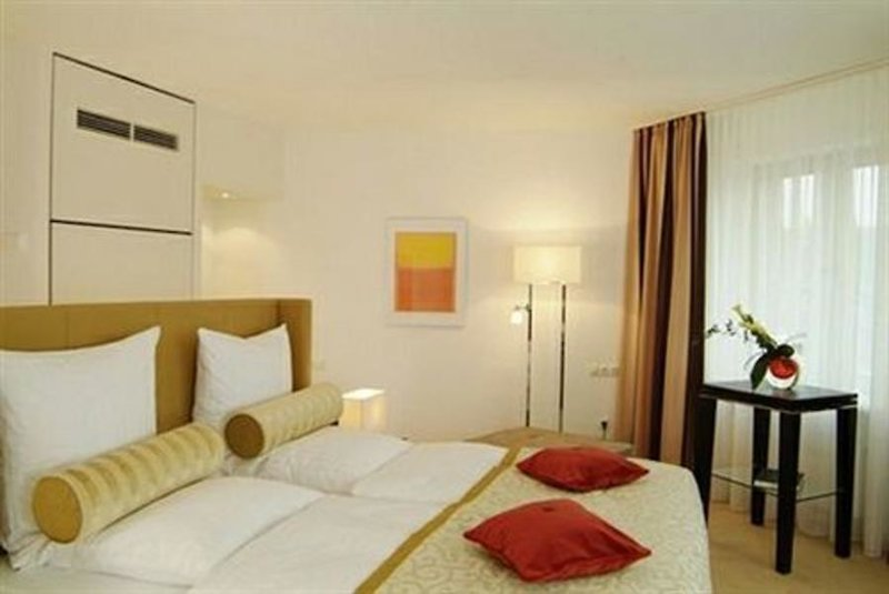 Lindner Hotel & Residence Main Plaza in Frankfurt am Main ab 154 €