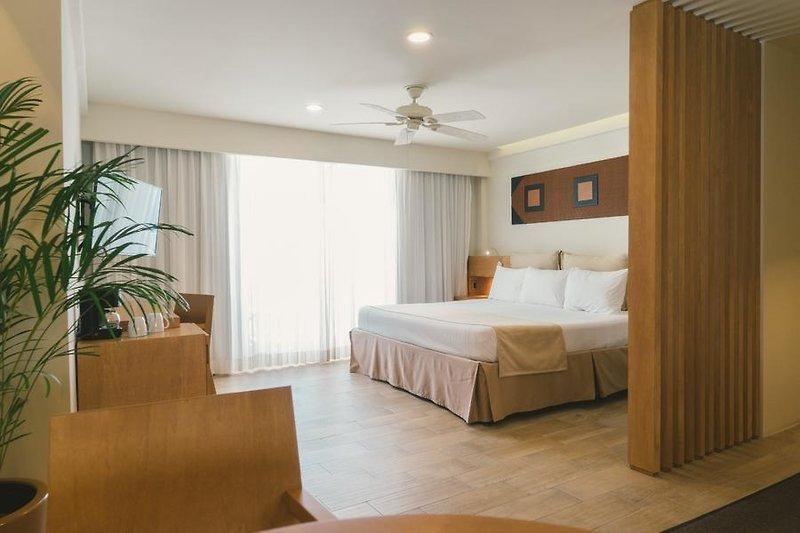Cancún ab 896 € 4