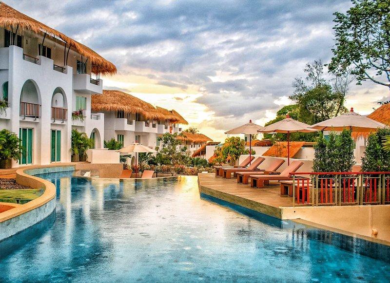 Eden Beach Resort & Spa in Khao Lak Beach South (Khao Lak) ab 876 €