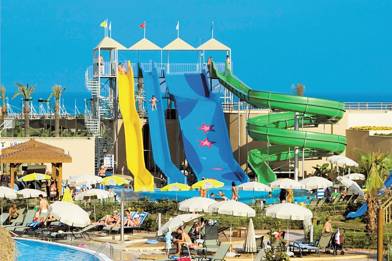 Antalya - Lara Beach Kundu ab 266 € 6