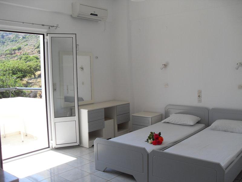 Iraklis Apartments in Stalida, Kreta W