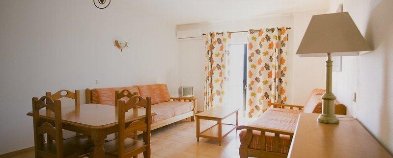 Hotel Apartamentos Mirachoro II in Portimão, Algarve