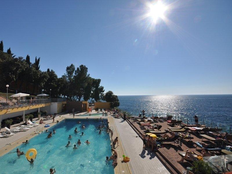 Horizont Golden Rocks Resort in Pula, Istrien P