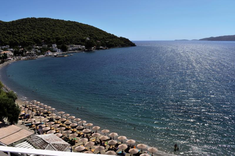 New Aegli Beach Hotel in Askeli, Poros (Saronische Inseln) S