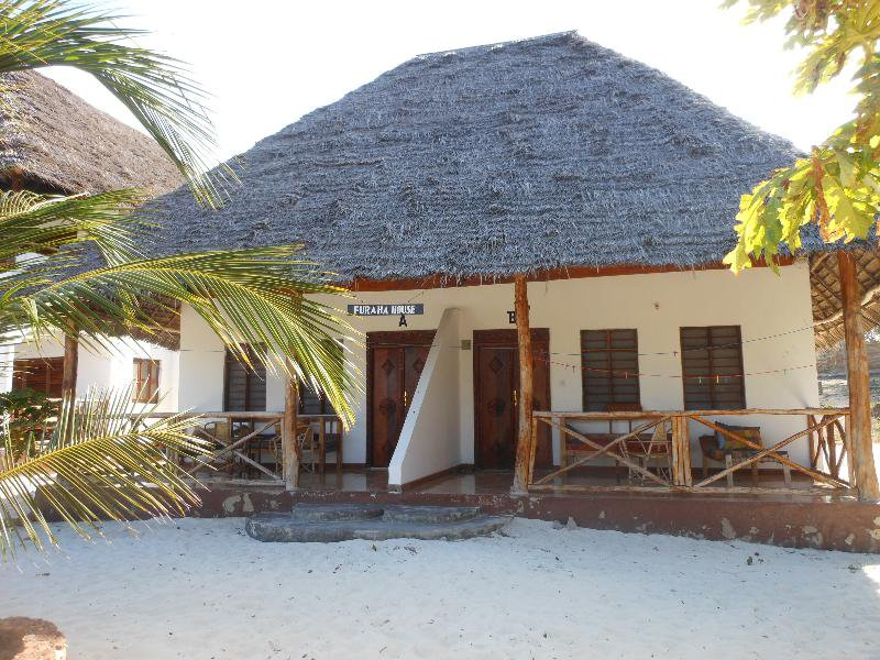 Mbuyuni Beach Village in Jambiani, Tansania - Insel Zanzibar W