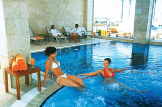 Hotel Orange Palace & Spa Hallenbad