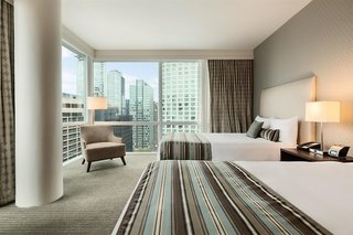 Hotel Coast Coal Harbour Vancouver Hotel by APA Wohnbeispiel