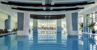 Hotel VONRESORT Golden Coast Hallenbad