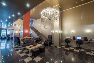 Hotel Delphi Art Lounge/Empfang