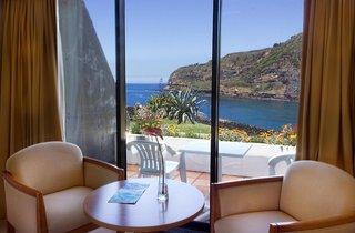 Hotel Caloura Hotel Resort Wohnbeispiel