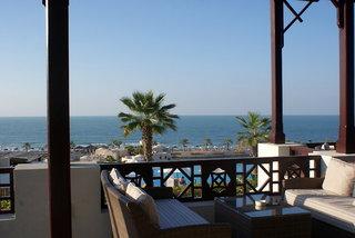 Hotel The Cove Rotana Resort Terasse