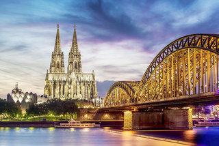 Hotel NH Collection Köln Mediapark Stadtansicht