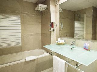Hotel MS Maestranza Badezimmer