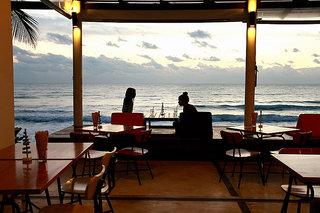 Hotel Baan Talay Resort Bar