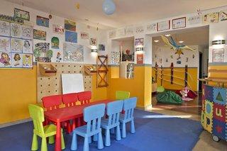 Hotel The Cove Rotana Resort Kinder