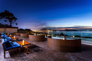 Hotel Centara Blue Marine Resort & Spa Phuket Bar