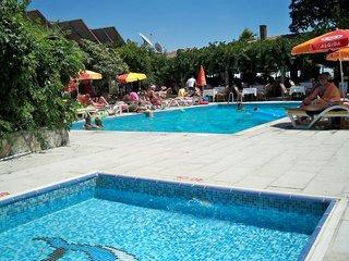 Hotel Leda Beach Pool