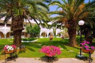 Hotel Porfi Beach Garten