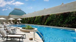 Hotel Habtoor Palace, LXR Hotels & Resorts Pool