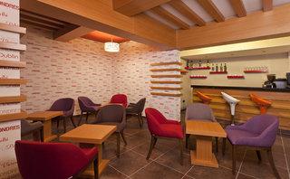 Hotel Monart City Bar