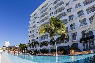 Hotel Coral Princess Golf & Dive Resort Pool