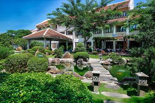 Hotel Almanity Hoi An Resort & Spa Außenaufnahme