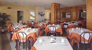 Hotel Akasha Beach Hotel & Spa Restaurant