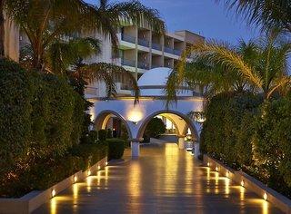 Hotel The Ixian Grand - Erwachsenenhotel Außenaufnahme