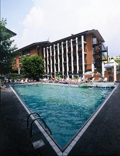 Hotel Club Hotel La Vela & Appartement Außenaufnahme