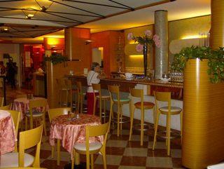 Hotel Club Hotel La Vela & Appartement Restaurant