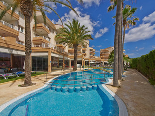 Hotel Illot Suites & Spa Pool