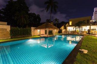 Hotel Austrian Garden Tai Pan Village Pool