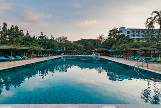 Hotel Pinnacle Grand Jomtien Resort & Spa Pool