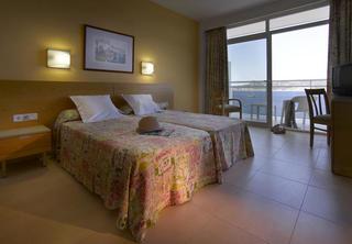 Hotel Amare Beach Hotel Ibiza - Erwachsenenhotel Wohnbeispiel