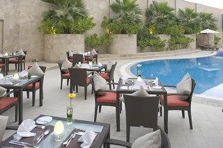 Hotel Holiday Inn Muscat Al Seeb Terasse