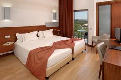 Hotel Aqua Pedra Dos Bicos - Erwachsenenhotel Wohnbeispiel
