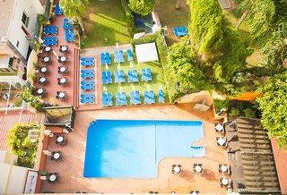 Hotel Roc Flamingo Pool