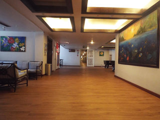 Hotel Days Inn Patong Beach Lounge/Empfang