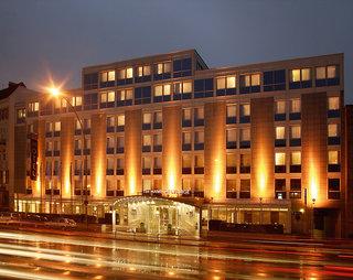Hotel NH Hamburg Mitte Außenaufnahme